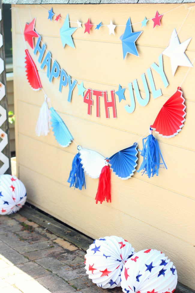 4th of july banners and lanterns