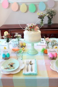 easter egg dying party table decor