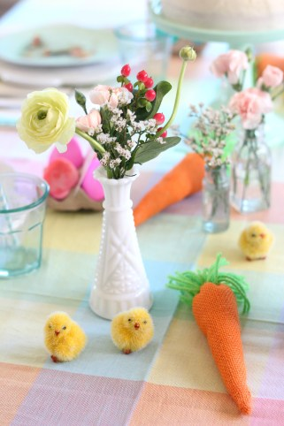 easter egg dying party table flowers