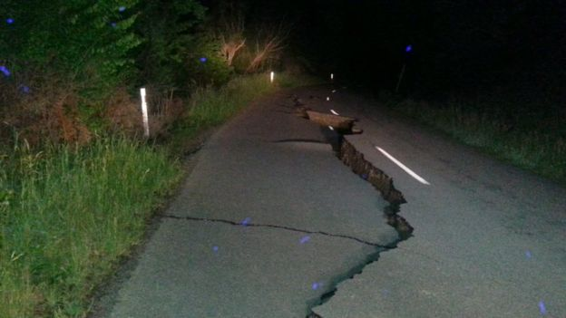 A large fissure runs along Kaikoura Road about two hours north of Christchurch