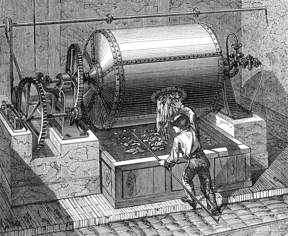 How the invention of paper changed the world - BBC News