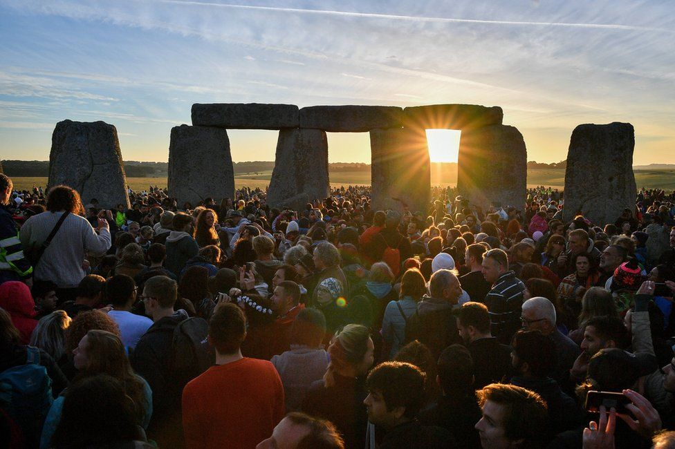 In pictures Summer and winter solstice celebrations - BBC News