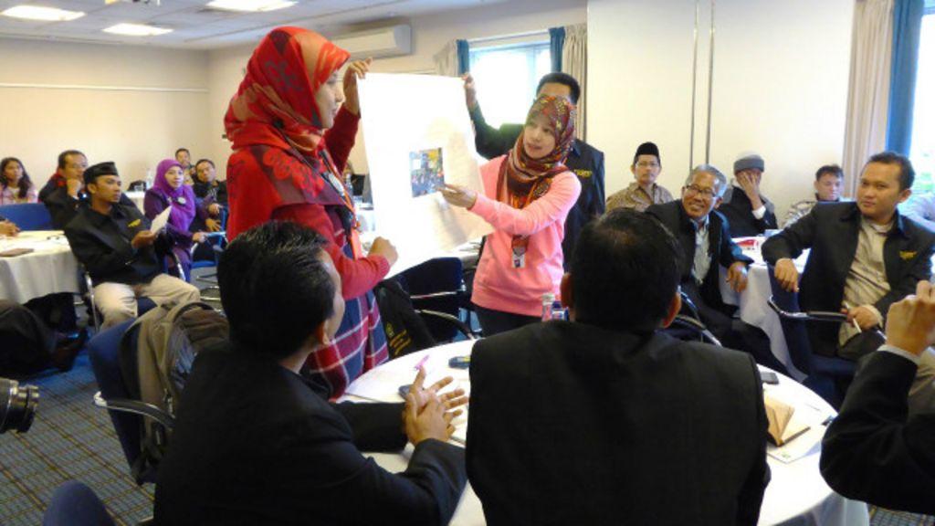 Metode Metode Mengajar Bahasa Inggris Untuk Smp 5 Jenis Metode Pembelajaran Bahasa Inggris Terpopular Di Guru Agama Indonesia Ikut Pelatihan Di Oxford Bbc Indonesia