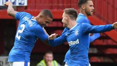 James Tavernier: Rangers full-back extends contract until 2019 - BBC Sport
