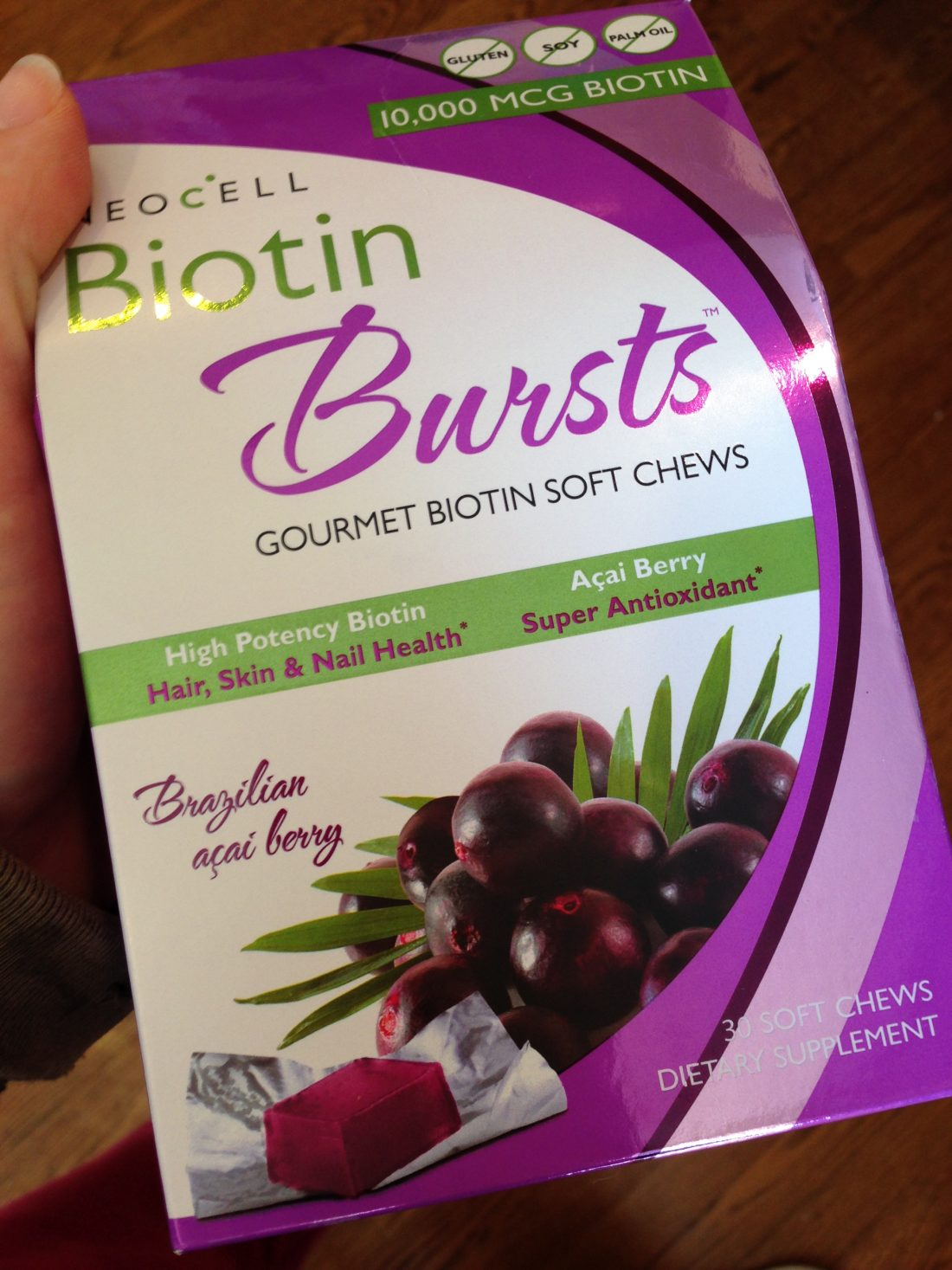 Review/Giveaway: Biotin Bursts for Healthy Nails, Skin, & Hair
