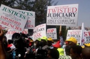 protesters-demand-probe-of-corrupt-judges