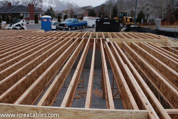 frame floor joist layout small solar home subfloor framing