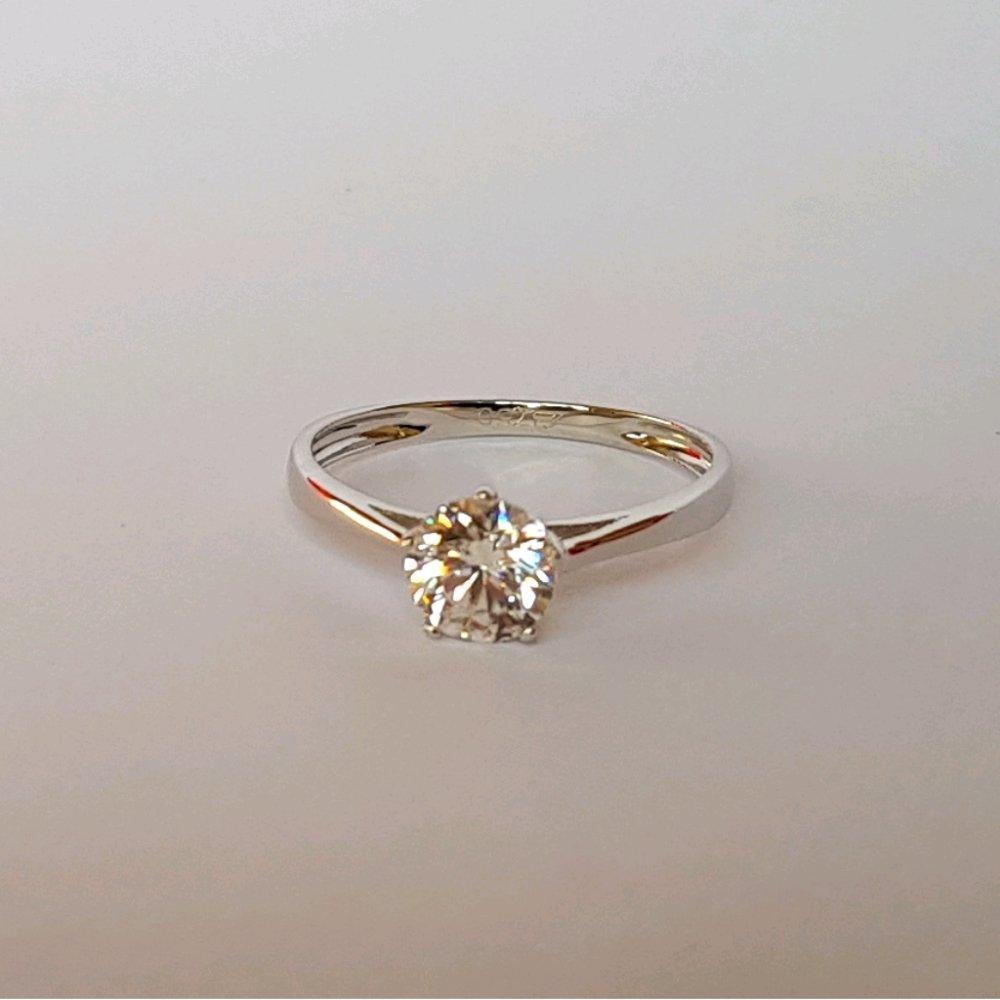 Referensi Harga Cincin Emas Putih November 2018 Paling Baru Produk Ukm Bumn Ring Berlian Eropa Asli Kadar 750 Solitaire Tunangan Gold