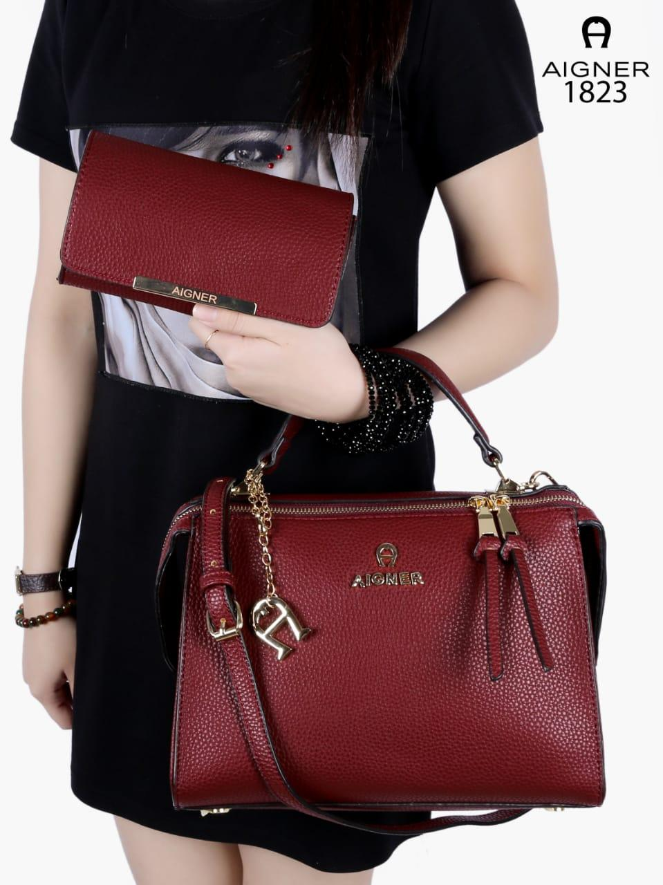 Harga Jual Tas New Designers Etienne Aigner 350000 Smesco Trade Wanita Munich Label 2in1 Smooth Leather Like Ori Hardware Gold 2904 1 Pds 194 X Design Ophelia Moodie Handbag With Wallet