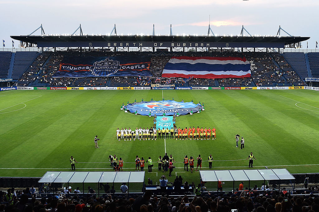 BURIRAM, THAILAND - APRIL 16: Buriram United and Shandong Luneng poses during the AFC Asian Champions League Group E match between Buriram United and Shandong Luneng FC at Buriram Stadium on April 16, 2014 in Buriram, Thailand.  (Photo by Thananuwat Srirasant/Getty Images)