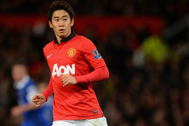 hi-res-453554461-shinji-kagawa-of-manchester-united-in-action-during-the_crop_north