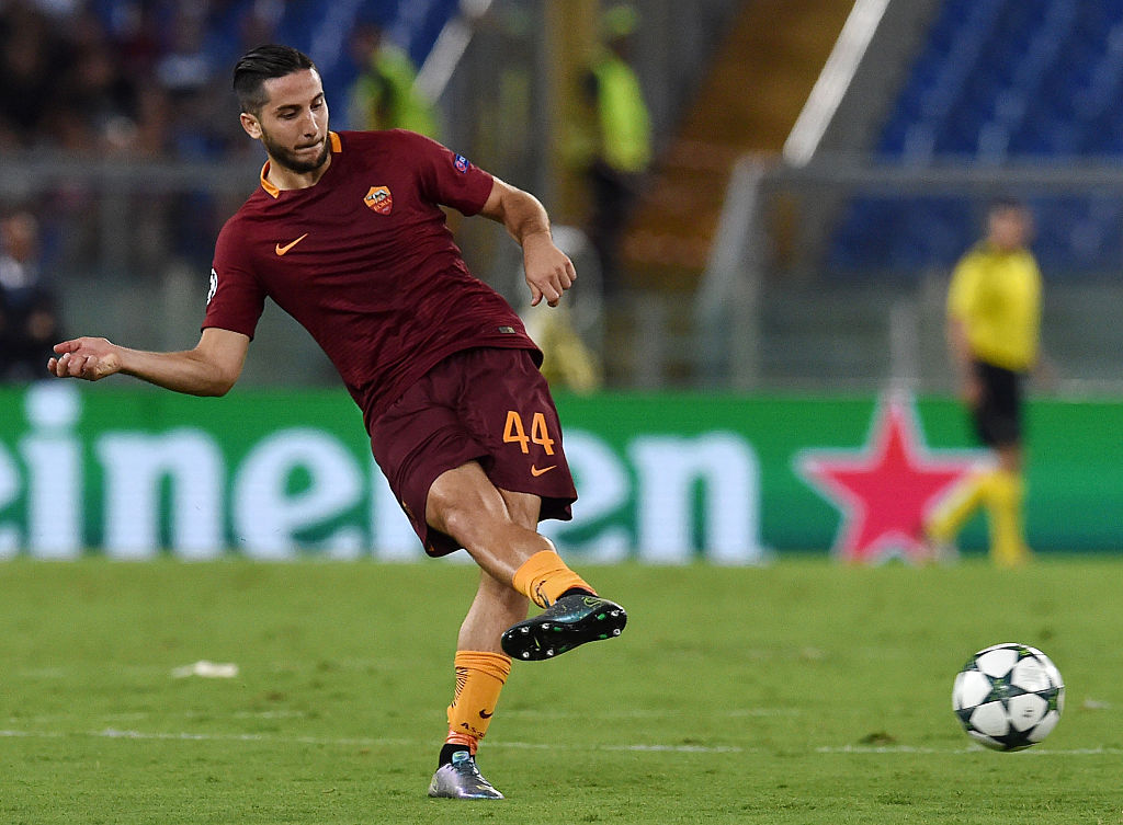 ROME, ITALY - AUGUST 23:  Kostas Manolas of AS Roma in action during the UEFA Champions League qualifying play-offs match between FC Porto and AS Roma on August 23, 2016 in Rome, Italy.  (Photo by Giuseppe Bellini/Getty Images)
