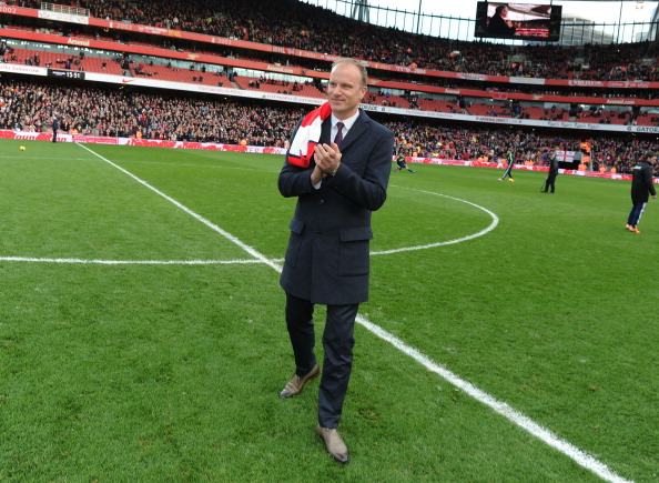 LONDON, ENGLAND - FEBRUARY 22: Arsenal legend Dennis Bergkamp waves to the fans at half time during the Barclays Premier League match between Arsenal and Sunderland at Emirates Stadium on February 22, 2014 in London, England. (Photo by Stuart MacFarlane/Arsenal FC via Getty Images)