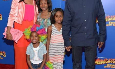 "NEW YORK, NY - JUNE 07:  (L-R) Malaak Compton-Rock, Lola Simone Rock, Zahra Savannah Rock and  Chris Rock attend the ""Madagascar 3: Europe's Most Wanted"" New York Premier at Ziegfeld Theatre on June 7, 2012 in New York City.  (Photo by Mike Coppola/Getty Images)"