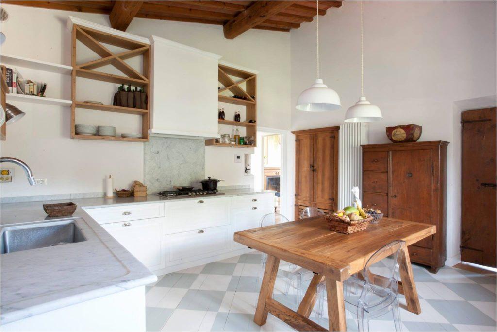 Cucina Rovere Naturale E Bianco | Isola Cucina In Rovere Massello ...