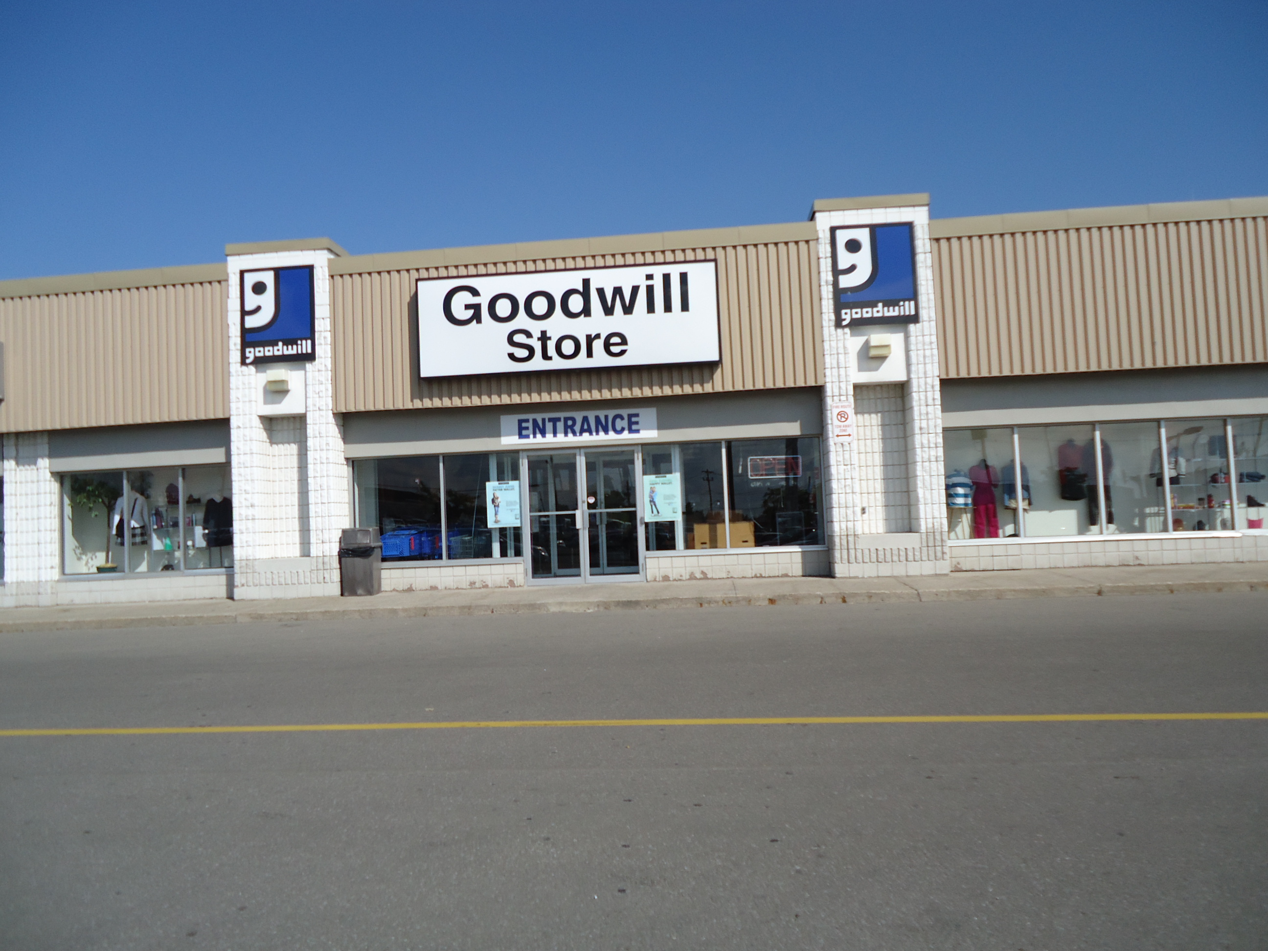 Furniture Stores In Ontario Canada Goodwill Store Used Furniture Clothing 495 Welland Ave St