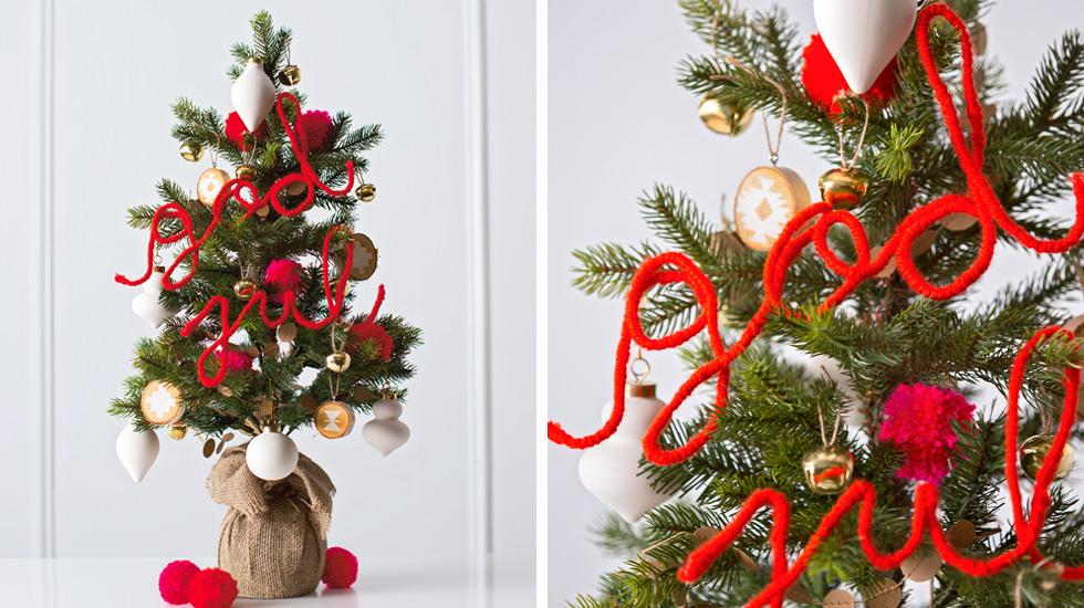 12 Creative Christmas Tree Decorating Ideas Hallmark Ideas