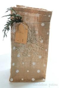 How to make DIY Burlap Gift Bags | DIYs & Tutorials