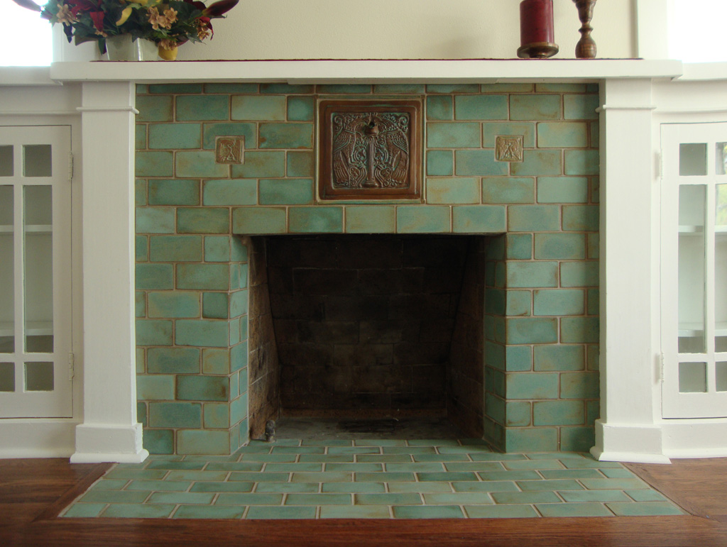 Bungalow Fireplace Mantel The Gallery For Gt Craftsman Style Bathroom Tile