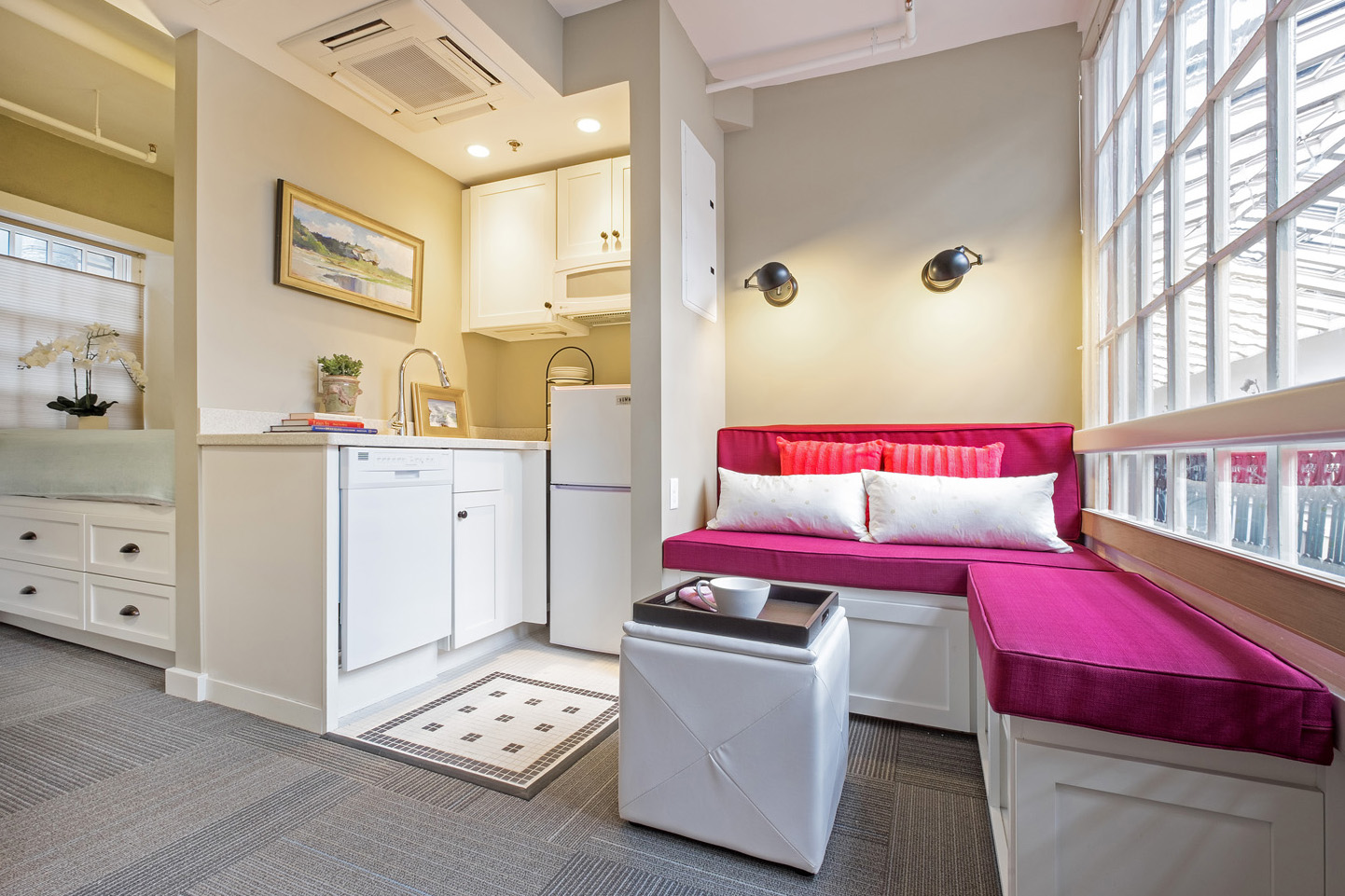 Micro Appartement Affordable Micro Lofts In A Greek Revival Style Historic