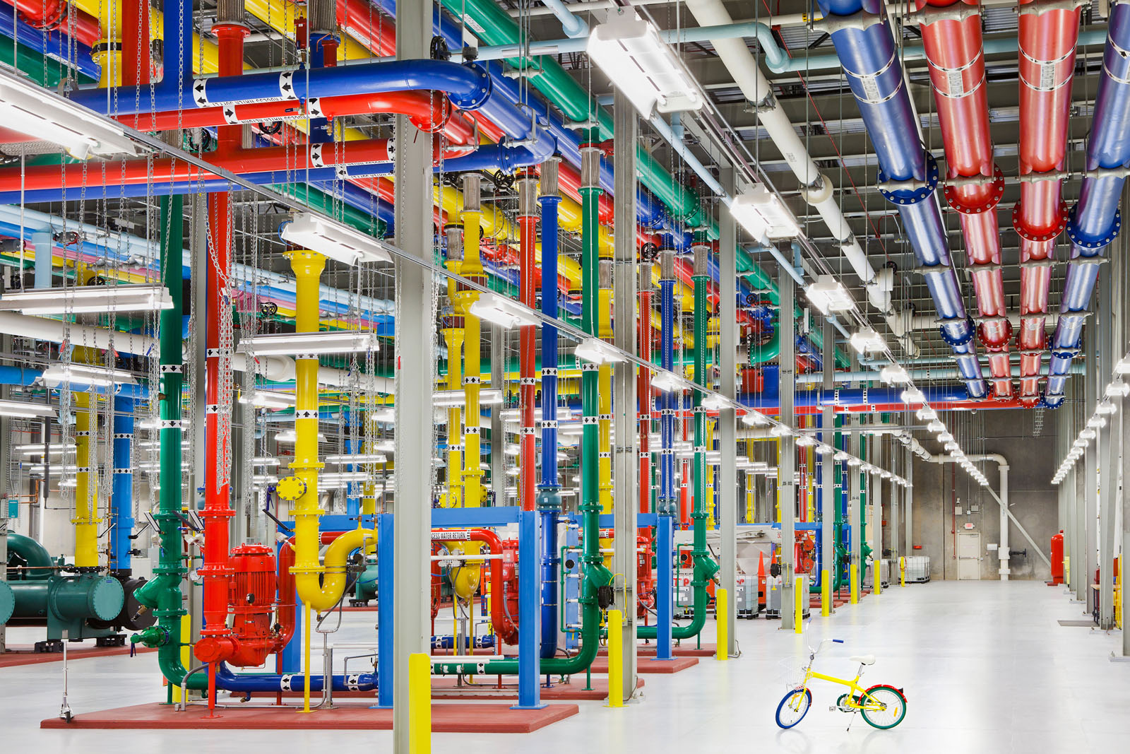 Sofas Around The World Inside Google's High-tech Data Centers | Idesignarch