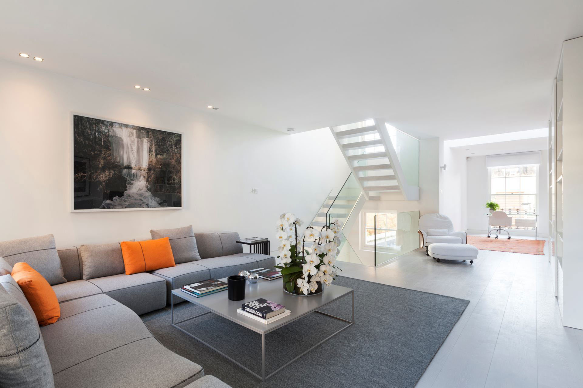 Design House Interiors Exquisite Contemporary House Near Kensington Gardens