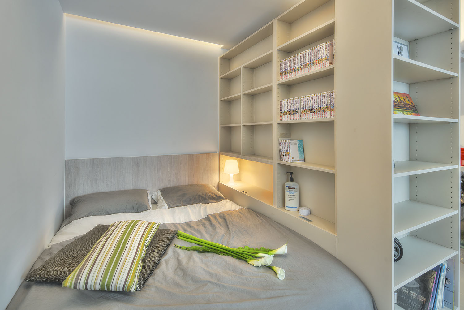 Studio Apartment Sleeping Solutions Small Taipei Studio Apartment With Clever Efficient Design