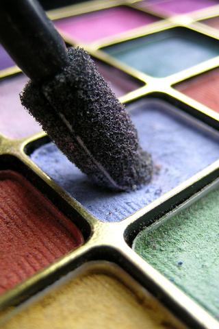 Makeup iPhone Wallpaper | iDesign iPhone