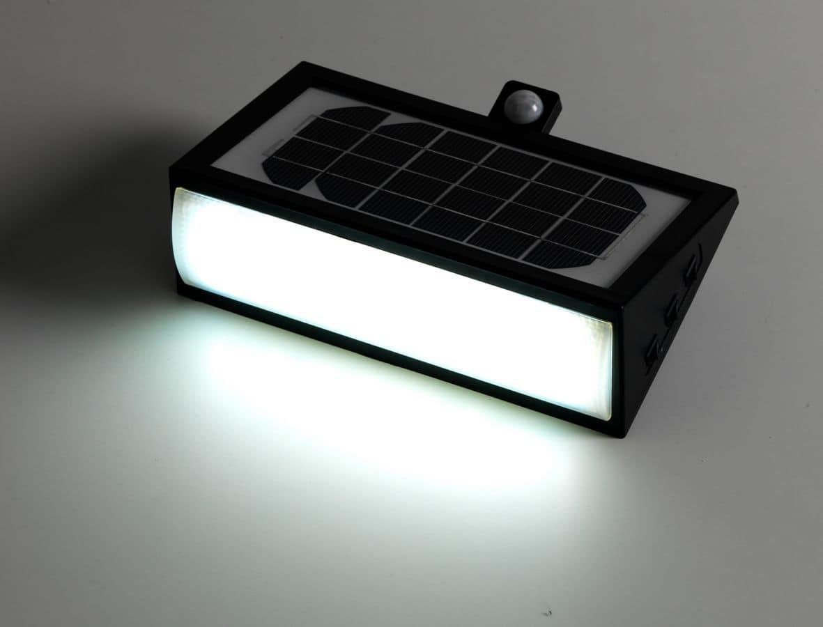 Plafoniere Neon Per Garage : Plafoniera neon w lampade a led garage unaris gt la