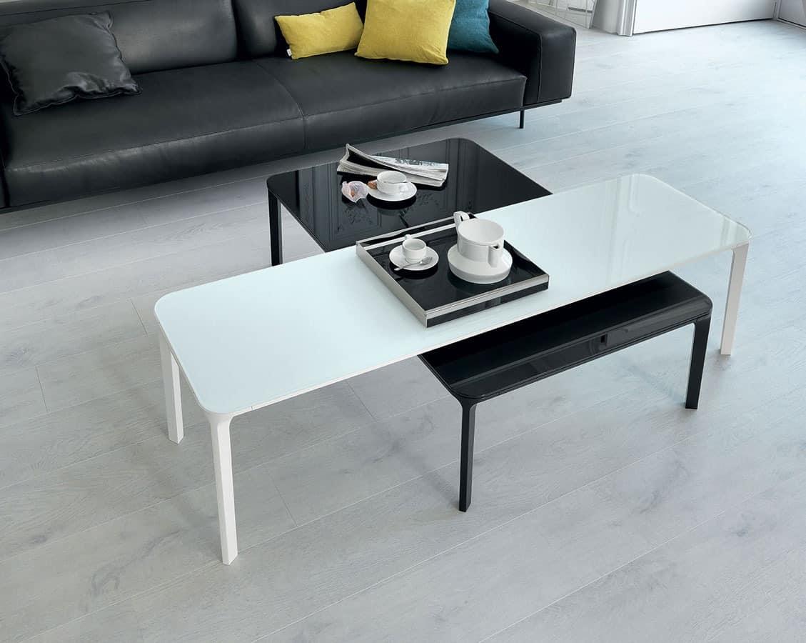 Kleine Tische Fur Wohnzimmer Platz Couchtisch Aus Holz Fur Den