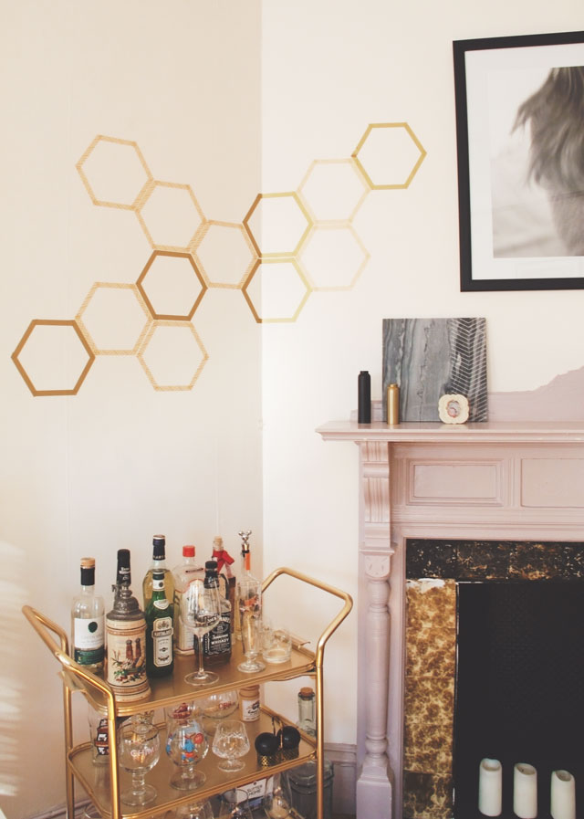 How to Make a Totally Removable Honeycomb Wall Decal || Jade and Fern