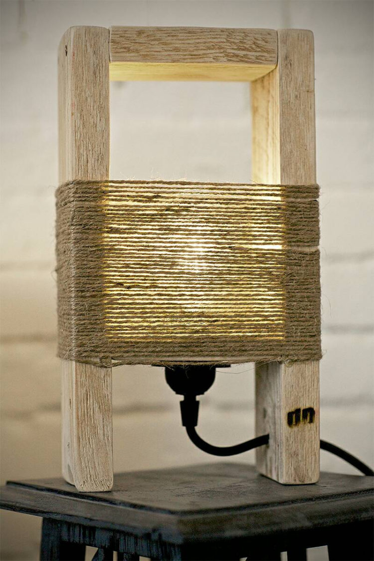 Como Hacer Una Lampara De Techo Reciclada Cute Wood Table Lamp Made With A Pallet - Id Lights