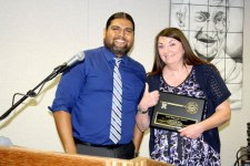 courtesy photo/rusd&lt;br /&gt;&lt;br /&gt;&lt;br /&gt;&lt;br /&gt;&lt;br /&gt;&lt;br /&gt;<br /> Rialto school board president Edgar Montes with 2015 Key to the District recipient Cindi Stone.