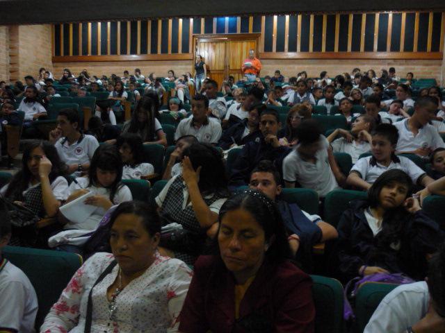 socializacion sistema de evaluaci+¦n institucional 2013 032