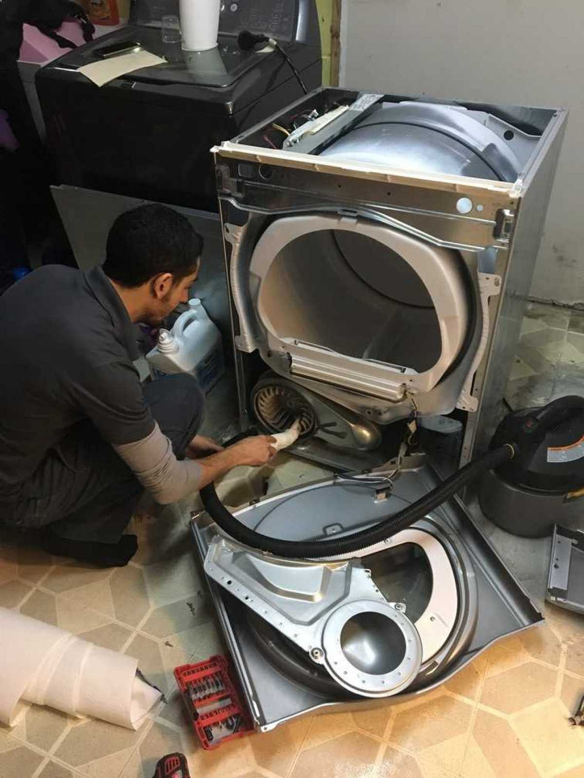 Cleaning Dryer Lint Hire Professionals I Fix Appliance Repair - Dryer Lint Cleaner
