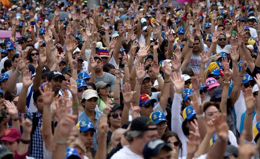 socialismo socialdemocracia capitalismo libre mercado venezuela cuba