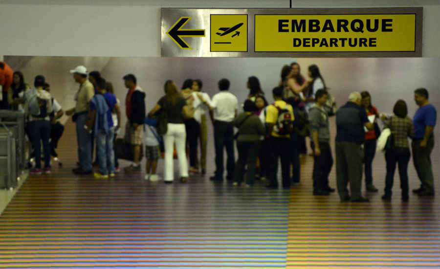 emigrar venezuela socialismo