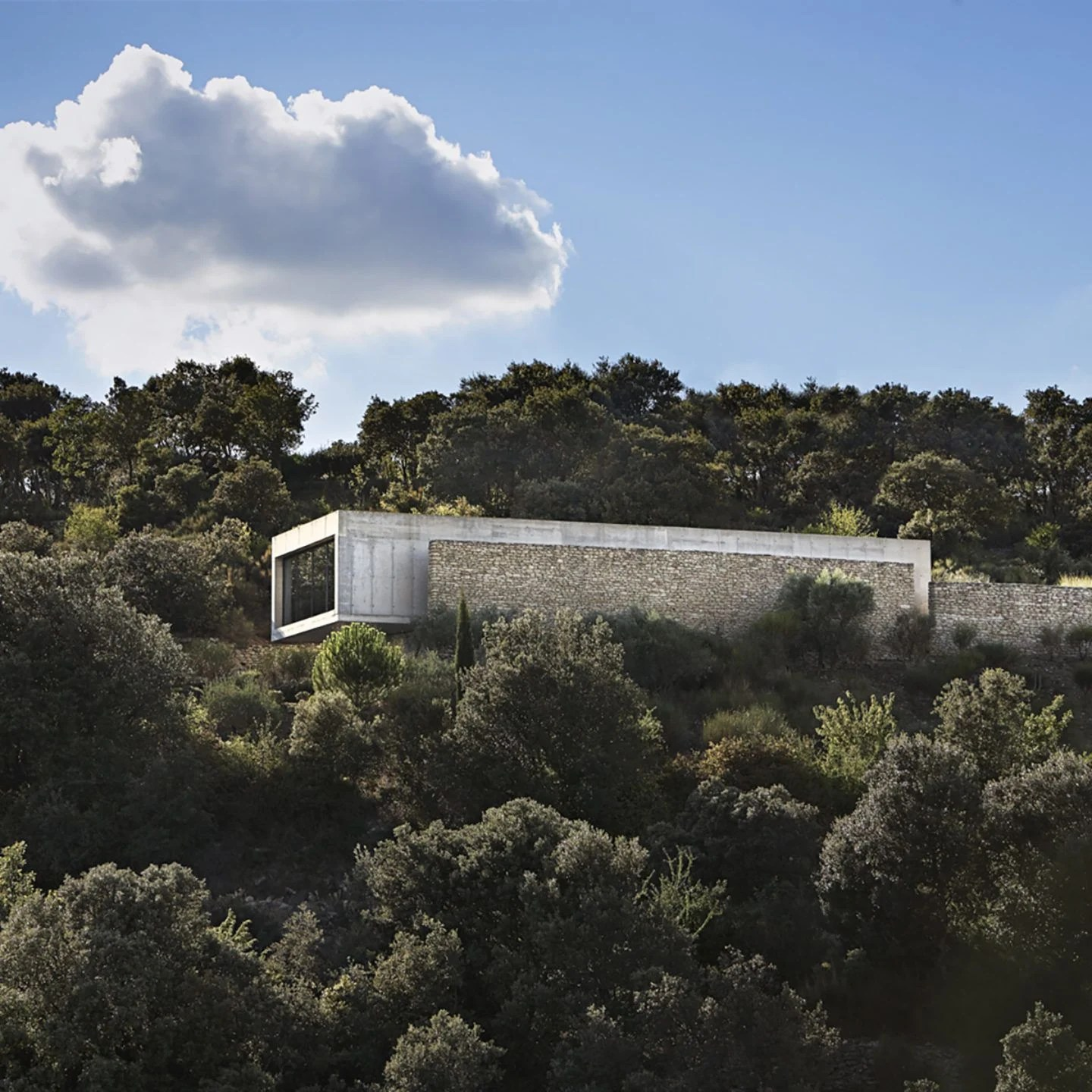 G House Studio Ko Designs A Villa Above The Forest In Luberon France Ignant