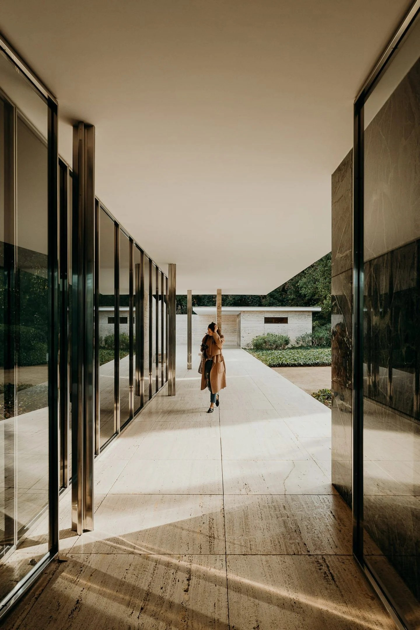 The Barcelona Pavilion By Ludwig Mies Van Der Rohe Is A Textural Delight Ignant