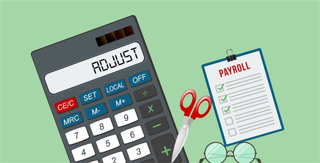 How Do Payroll Taxes and Deductions Affect a Paycheck?