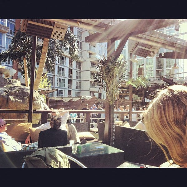 Oasis Rooftop Patio Entertainment District 11 Tips