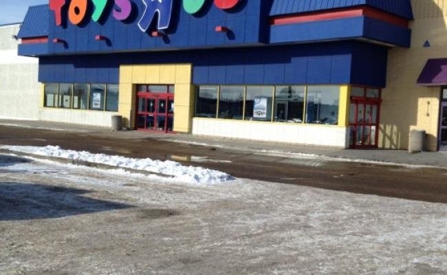 Toys R Us Calgary Trail South 3 Tips From 421 Visitors