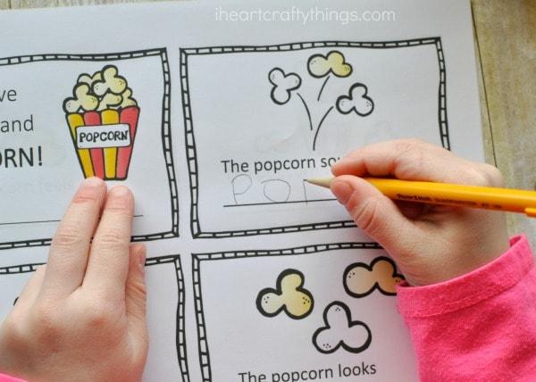 My Five Senses and Popcorn- Preschool Observation Mini Book Printable