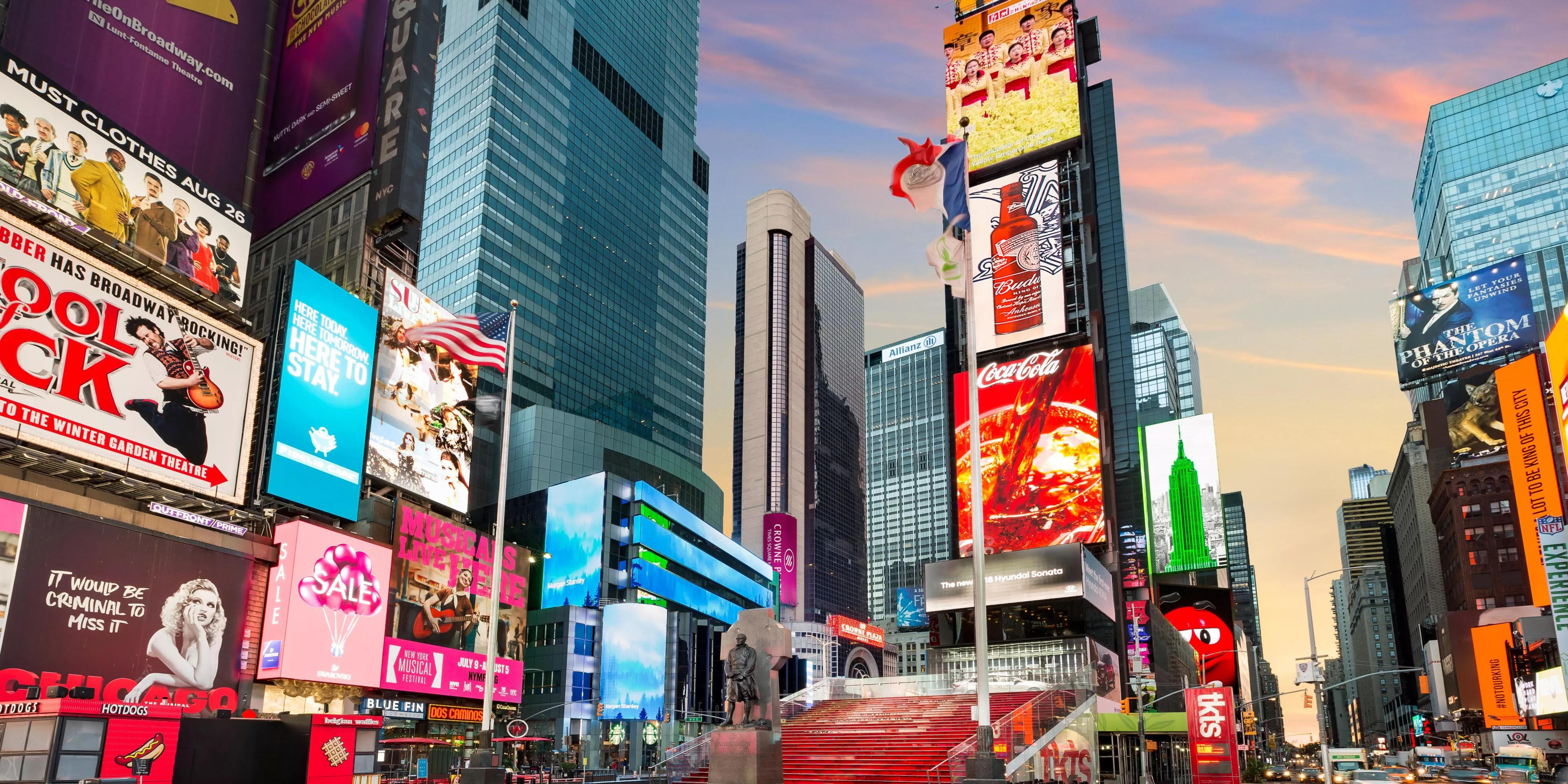 Plaza Werbung Luxury Hotels In Times Square - Broadway | Crowne Plaza