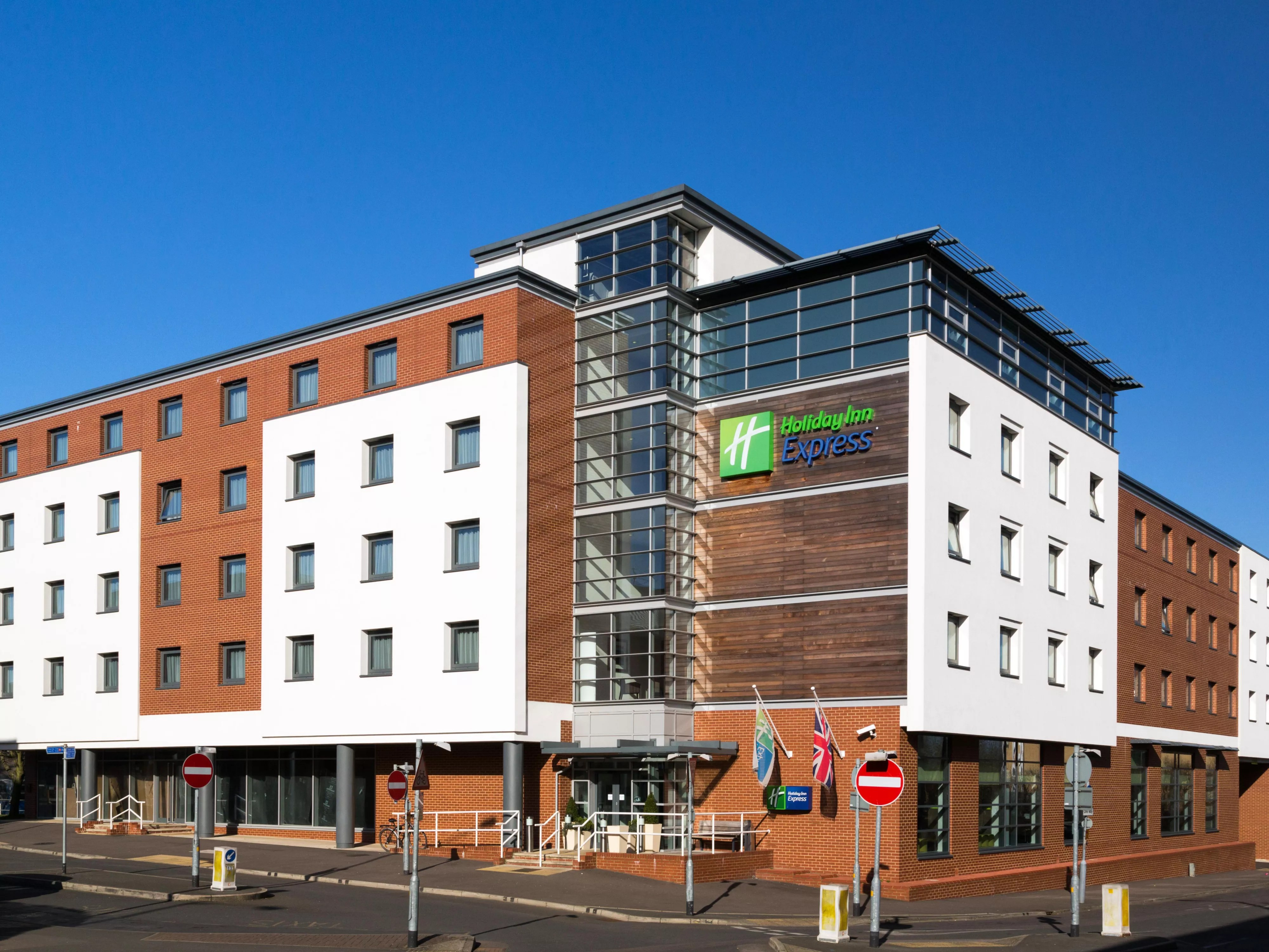Park Inn Harlow Hotel Near Stansted Airport Holiday Inn Express Harlow
