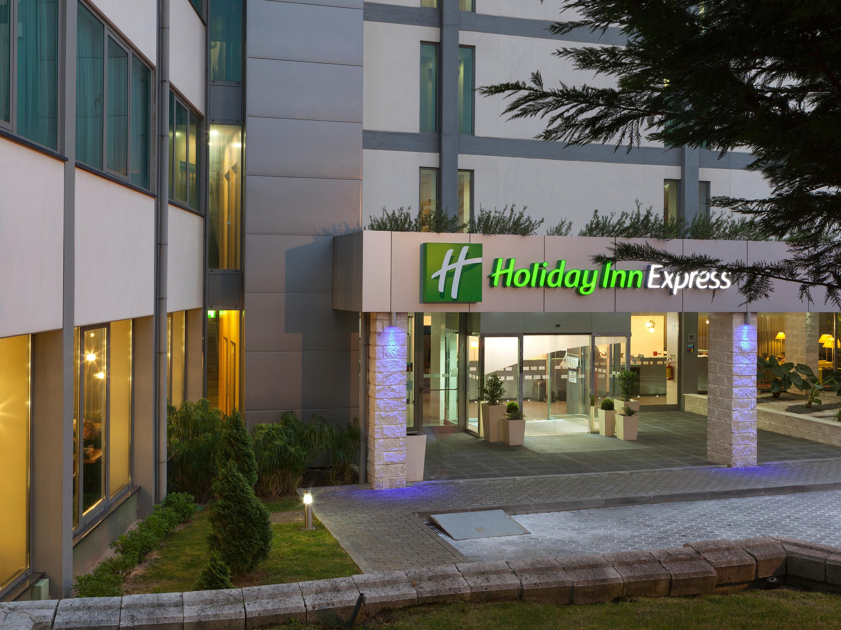 Hotels Proches Airport Hotel Holiday Inn Express Hotel Lisbon Airport
