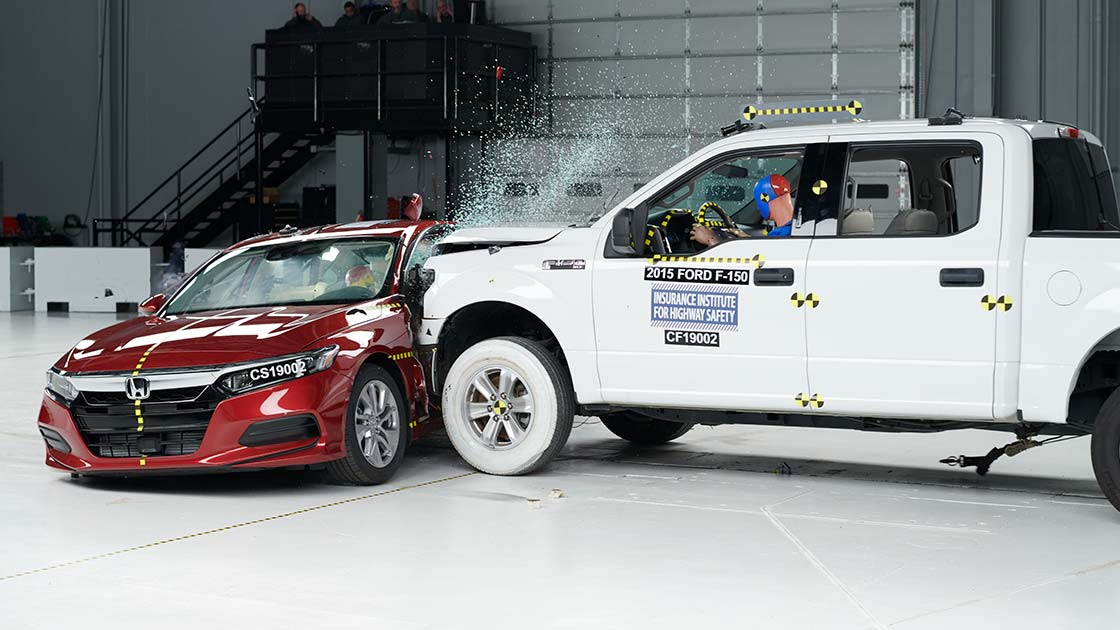 Child Seat Safety Statistics Iihs Prepares To Launch New More Challenging Side Crash Test