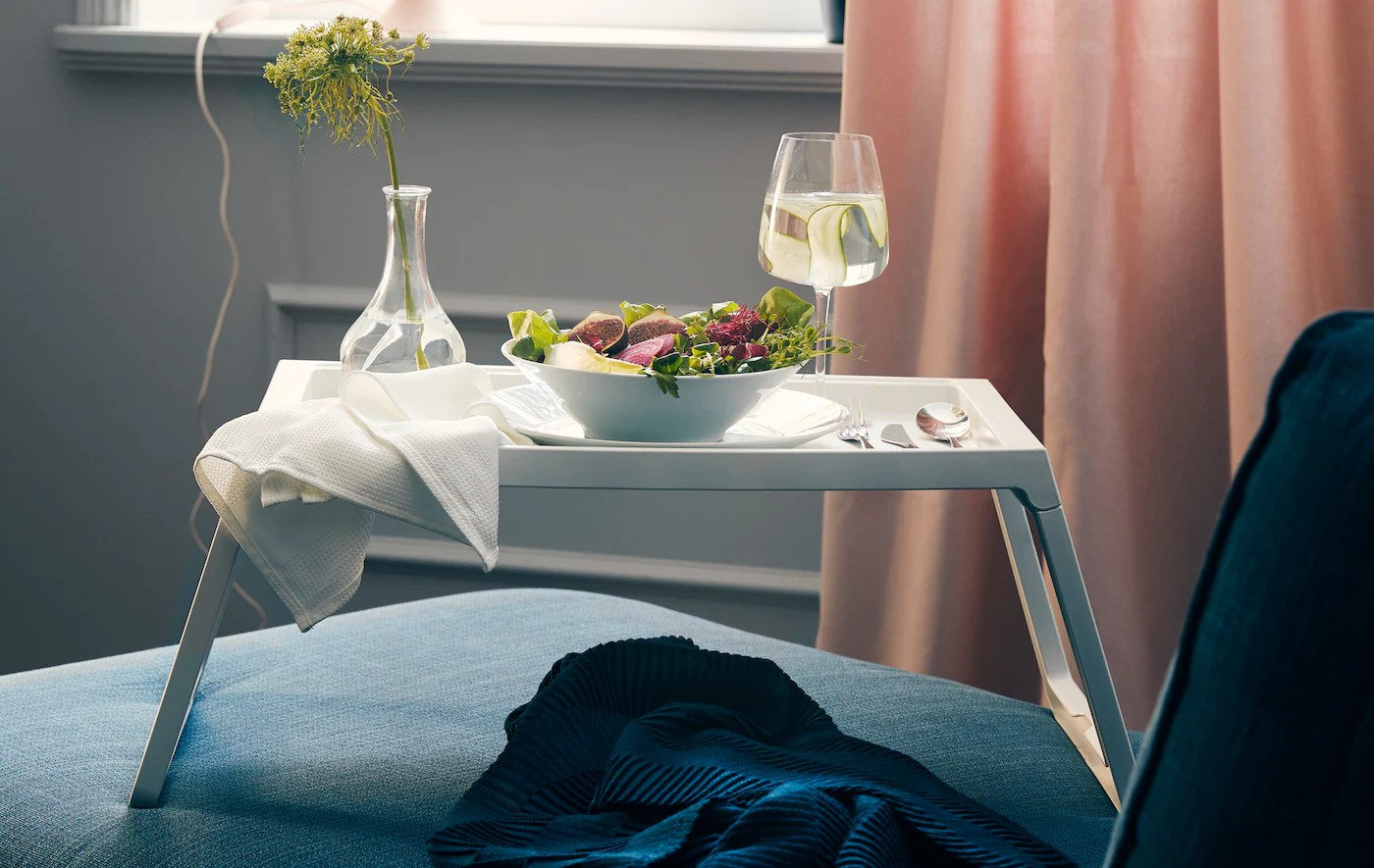 Dinner Sofa 3 Ways To Embrace The Joys Of Dining Solo Ikea