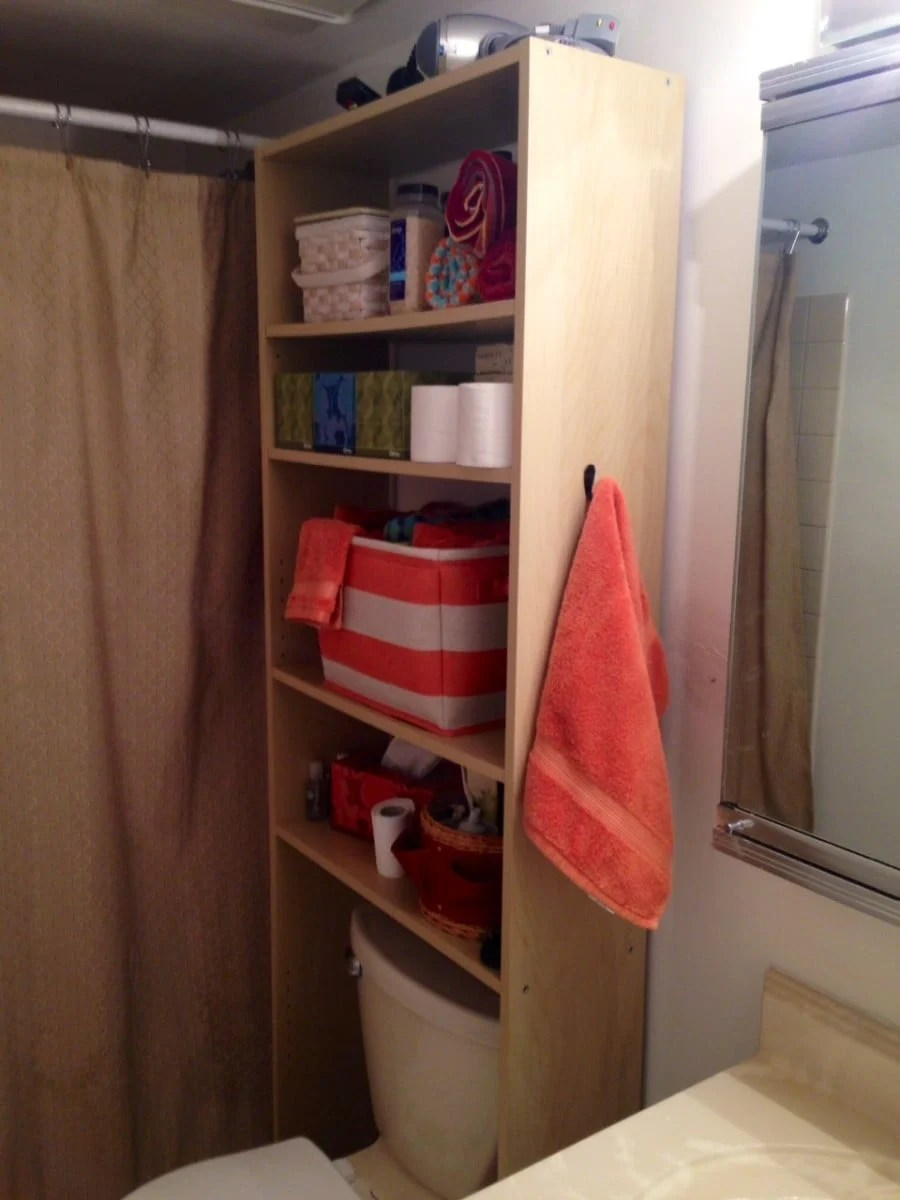 Ikea Expedit Ovet Squeeze In More Storage Over The Toilet With This Hack Ikea Hackers