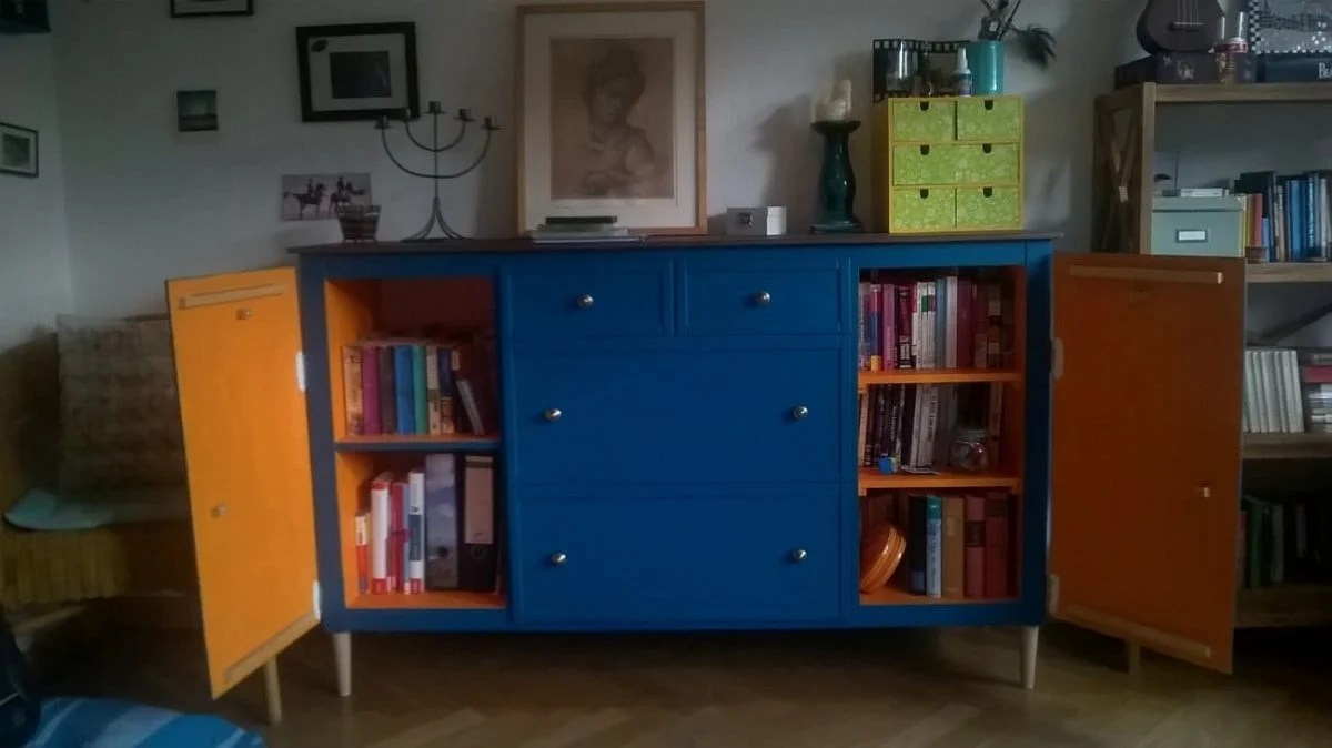 Ikea Expedit Chalk Paint Ikea Expedit Turns Into Beautiful Blue Sideboard Cabinet Ikea